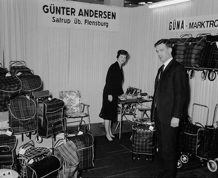 Andersen Shopper // Gründer-Ehepaar Messeauftritt 60er-Jahre